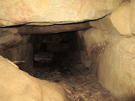 東乗鞍古墳の羨道