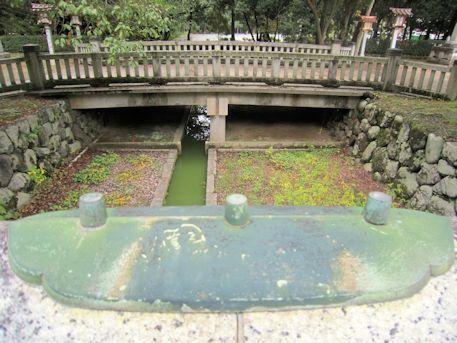 橿原神宮の神橋