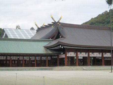 修理中の本殿