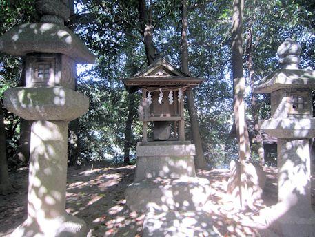 夜都伎神社の境内社