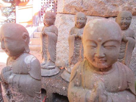 夜都伎神社の六地蔵