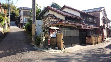 石寸山口神社のアクセス道