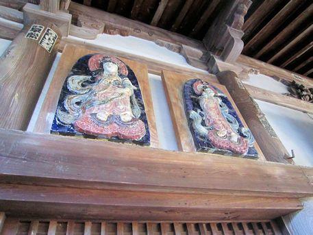 聖林寺本堂の彫刻