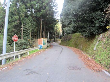 高家春日神社古墳へのアクセス道