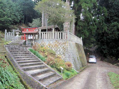 天一神社の石段