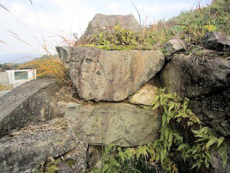 平野古墳の奥壁コンクリート