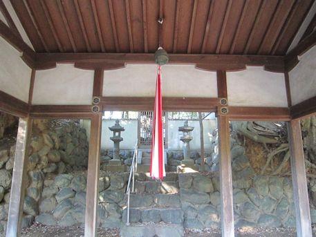 石寸山口神社の拝殿
