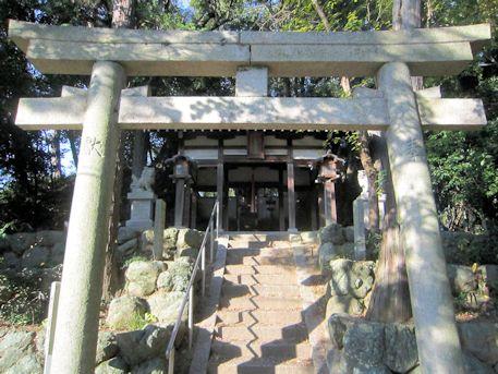 石寸山口神社の鳥居