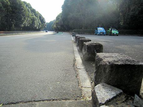 神武天皇陵の駐車場