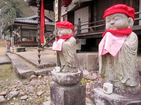 東大寺不動堂の地蔵