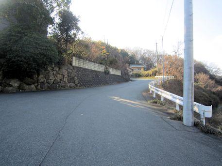 赤坂天王山古墳へ続く道