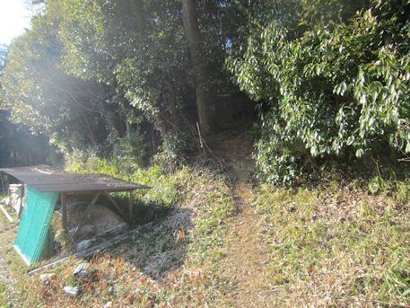 赤坂天王山1号墳のアクセス道