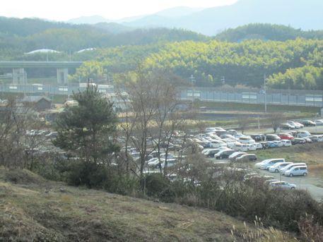 東名阪道と車