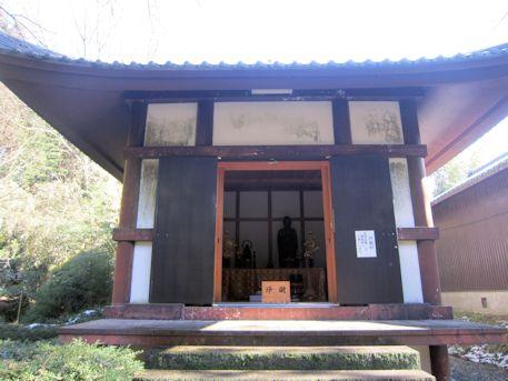 竹林寺仏像庫