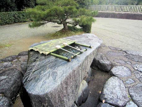 神武天皇陵の手水処