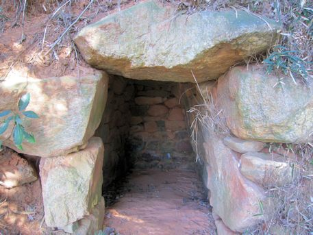 珠城山1号墳の石室