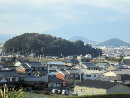 珠城山1号墳石室からの眺望