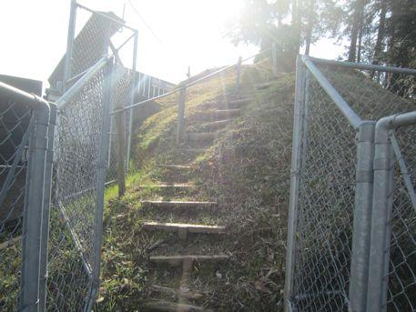 兜塚古墳の階段
