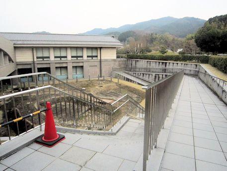 飛鳥池工房遺跡の入口