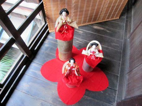 竹筒の雛人形