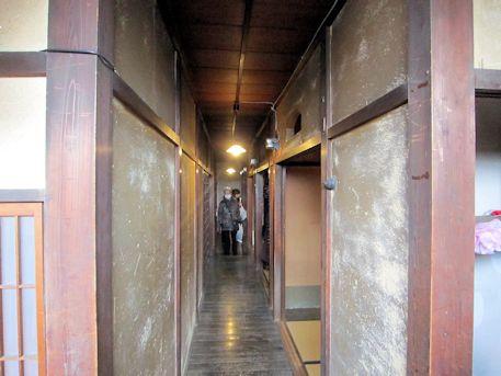 旧川本邸の2階廊下