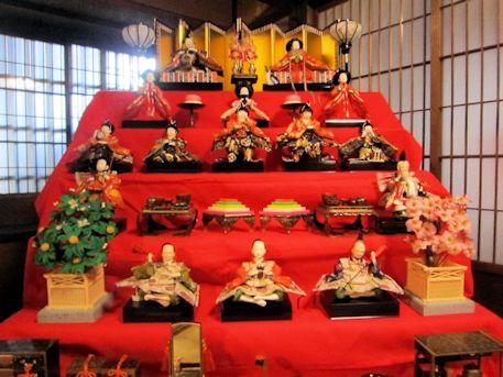 旧川本邸の雛人形