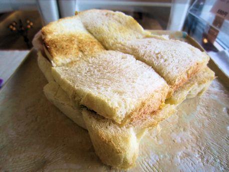 室生天然酵母パンのサンドウィッチ