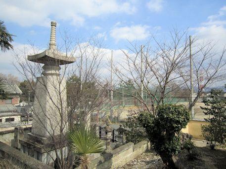 永慶寺から望む郡山高校グラウンド