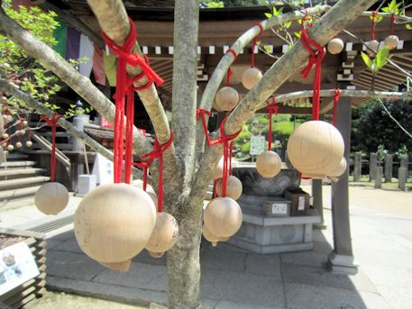 岡寺の龍玉願い珠