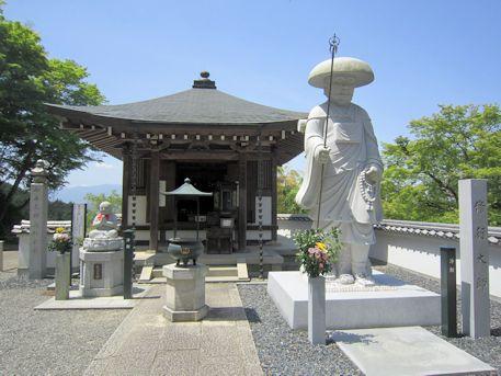 岡寺大師堂
