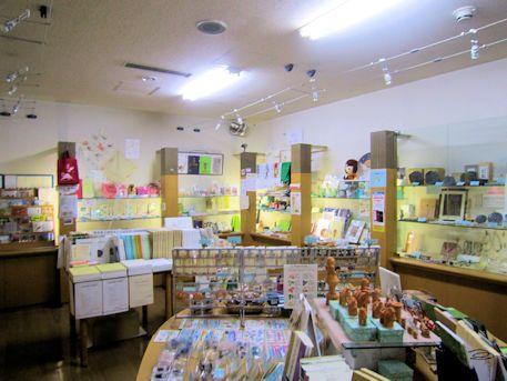 橿考研のミュージアムショップ
