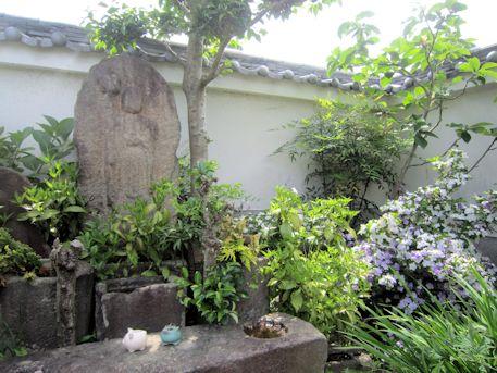 璉珹寺の地蔵石仏