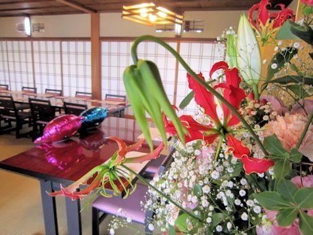 披露宴会場の会場装花