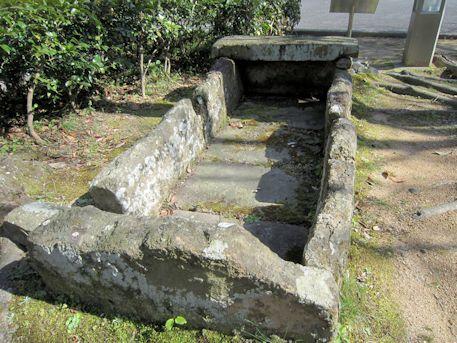 珠城山1号墳の組合式箱式石棺