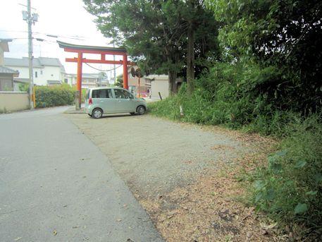 讃岐神社の駐車場