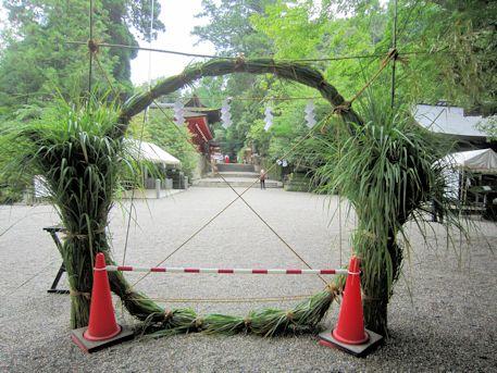 石上神宮の茅の輪