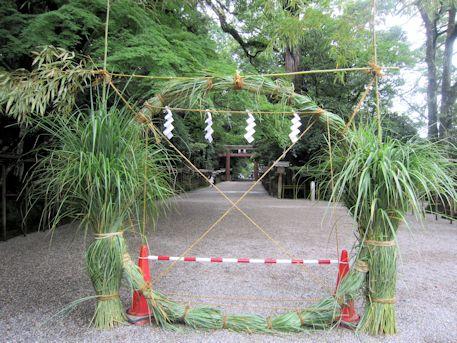 石上神宮の茅の輪くぐり