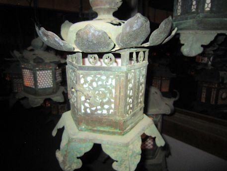 藤浪之屋の釣燈籠