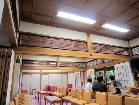 大神神社正式参拝控室