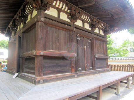 興福寺三重塔初層