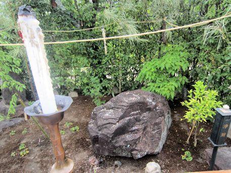 元興寺かえる石