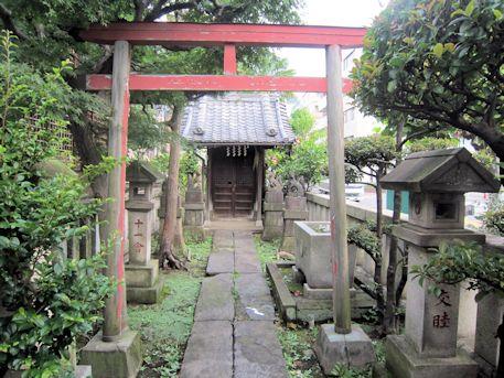 野見宿禰神社の稲荷社
