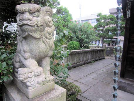 野見宿禰神社の狛犬