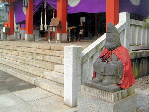 山王日枝神社の神猿像