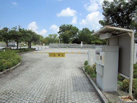 万葉文化館の駐車ゲート