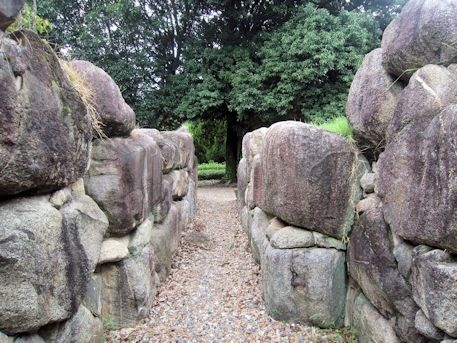 八釣マキト5号墳の横穴式石室