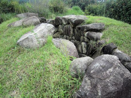 八釣マキト1号墳の墳丘