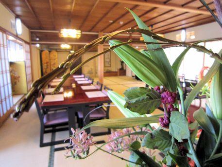 石化柳の会場装花