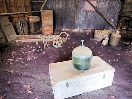 北風呂町の倉庫