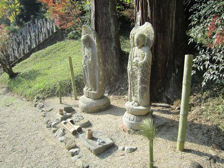 正暦寺の泣き笑い地蔵